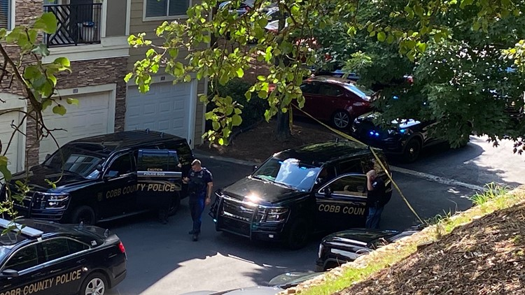 At least two hurt in Cobb County possible armed robbery