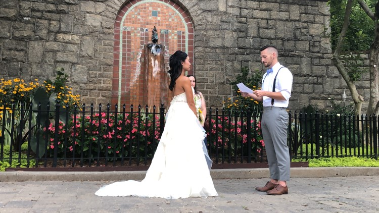 Couple holds socially-distant wedding for family, friends at Grant Park