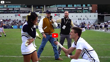 Georgia Tech cheerleader proposes on the field of last home game