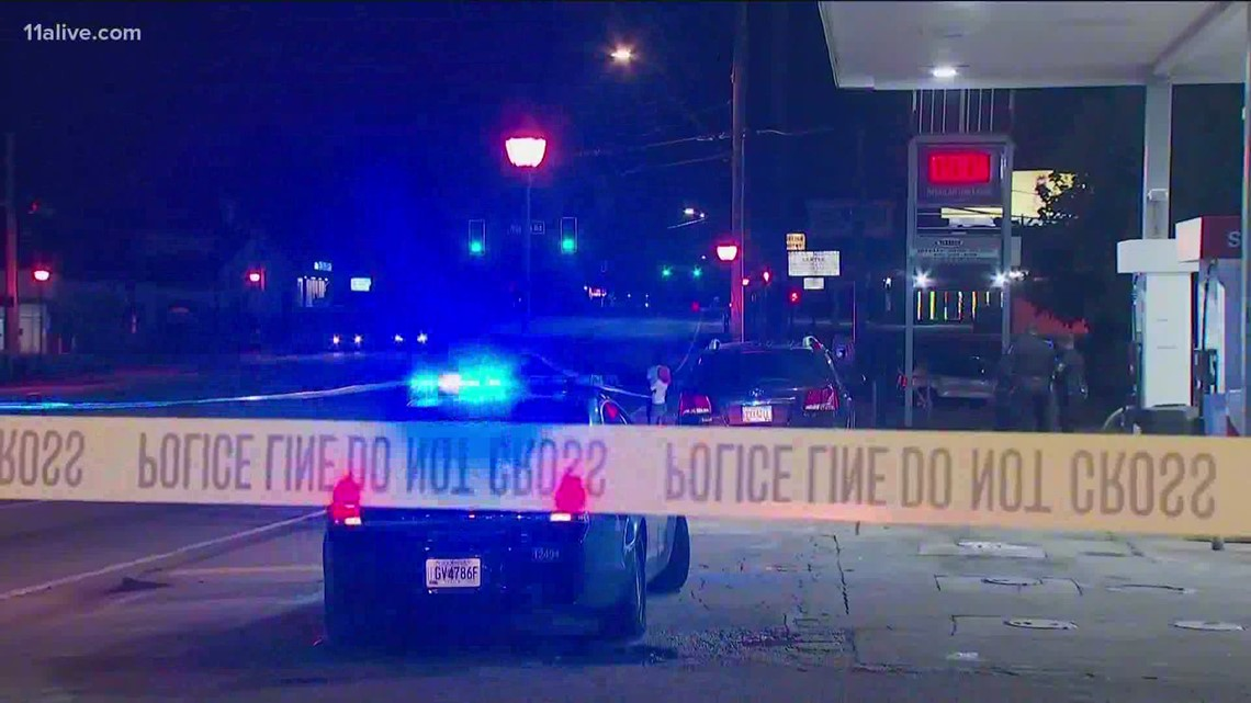 3 shot outside convenience store off Memorial Drive, police say