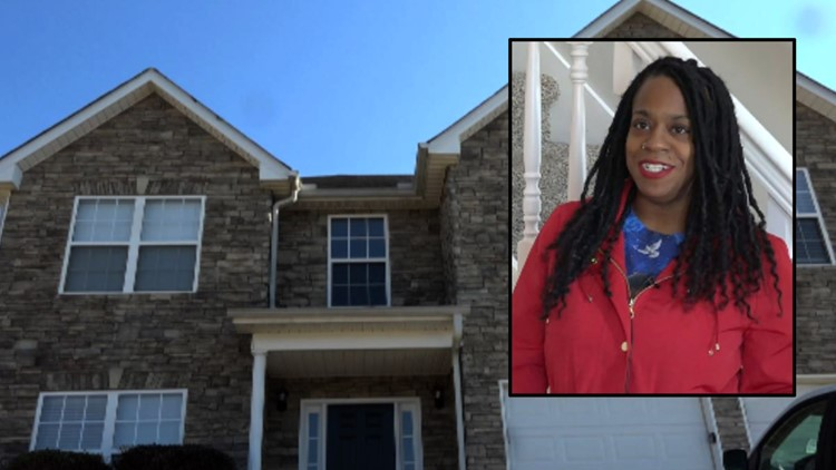 Single mother without a home after she said she was scammed out of rental property
