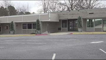 Residents want input on redevelopment of decrepit shopping center