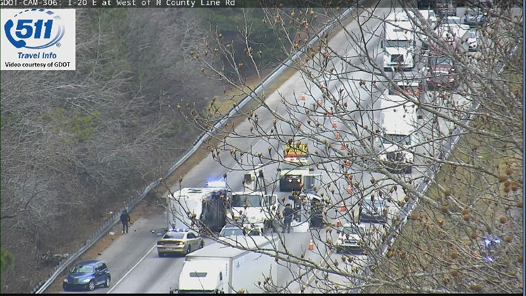Accident blocking lanes on I-20 in Douglas County | 11alive com