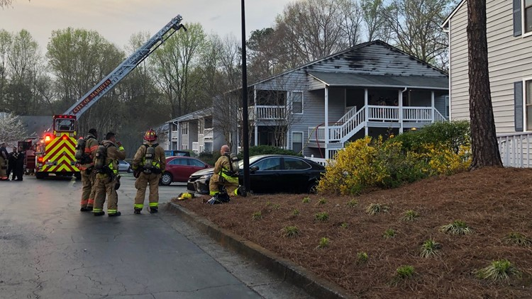 Fire at The Knollwood Apartments on March 29, 2019