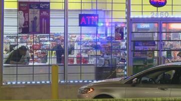 3 hurt in SW Atlanta apartment complex shooting