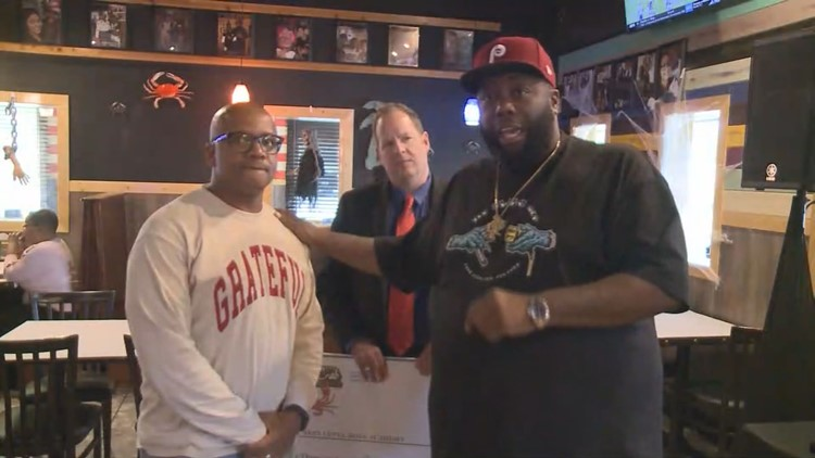 After 'beef' with Juicy Crab, Killer Mike partners with restaurant to help mentoring program