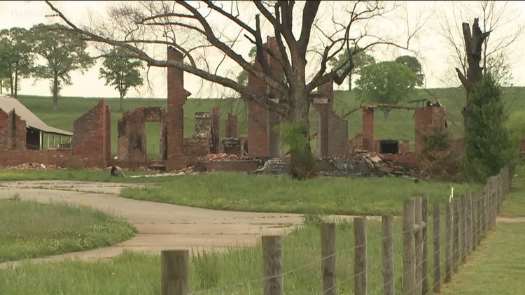 2 arrested in one of the largest arson cases of Floyd County