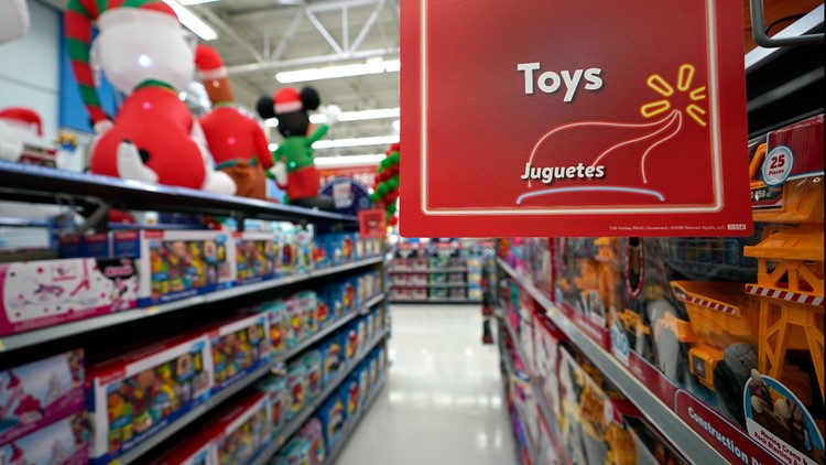 Retailers say you absolutely need to do your holiday shopping early this year. Here's why.