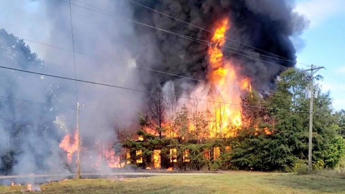 Historic school burns down in Walton County   11alive.com