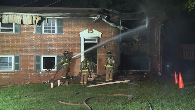 Two hurt, including a firefighter, in East Point house fire