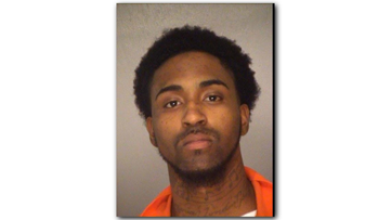 Deputies: Driver pulls up, helps inmate escape work detail