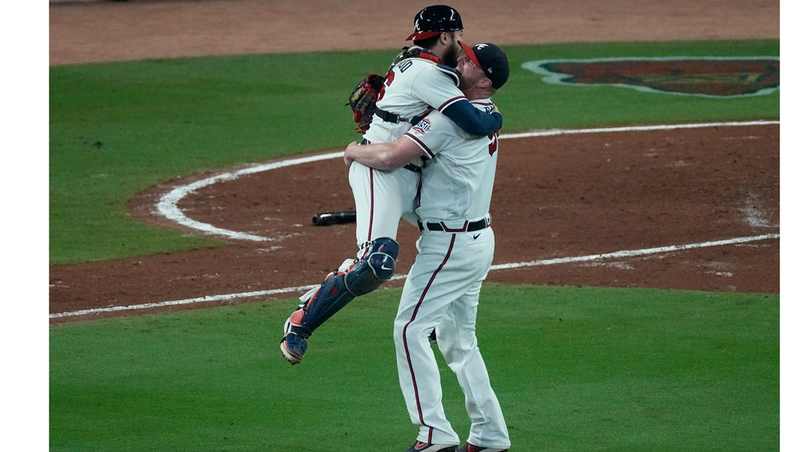 Braves beat Dodgers, advance to World Series