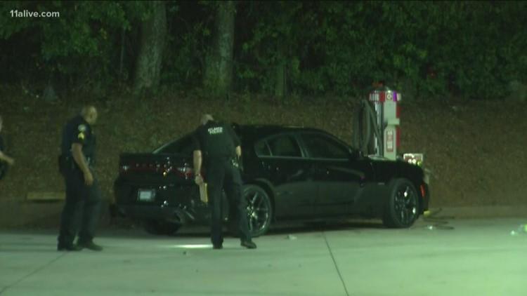 Police investigating gas station shooting in southwest Atlanta