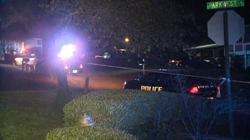 4 dead in apparent triple murder-suicide near Stone Mountain
