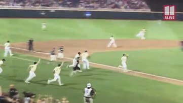 Vanderbilt celebrates win against Michigan for College World Series title