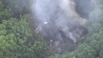 Chopper images show fire damage to Vinings apartment building