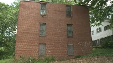 Some community members want to save former home of Maynard Jackson, but family says demolish it
