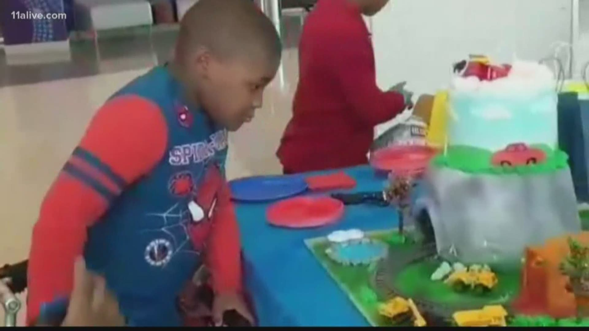 Pleasant Child With Rare Condition Gets Heartwarming Birthday Surprise Funny Birthday Cards Online Alyptdamsfinfo