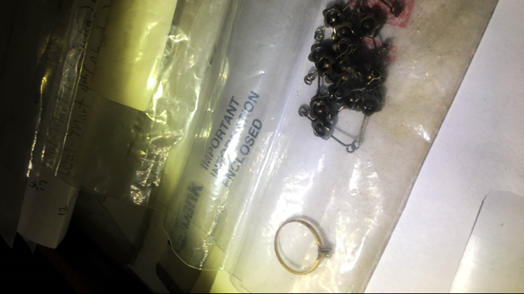 Elaine Nix was still wearing her jewelry, but no clothing, when her body was found in Gwinnett County, Ga., in 1999.