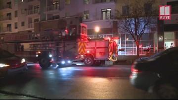One hurt in northwest Atlanta apartment fire