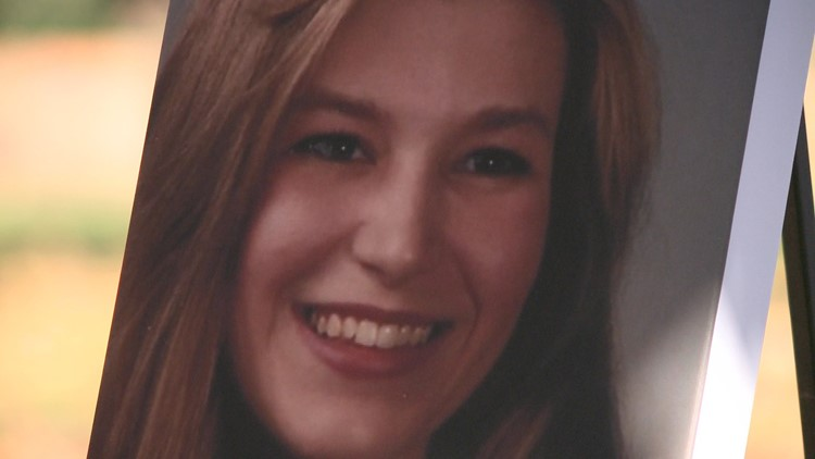 20 years after UGA law student's body found in burned apartment, still no closure