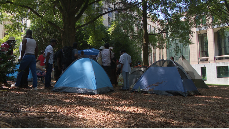 Police: Group sets up tents outside Atlanta City Hall to bring attention to homelessness; 6 arrested