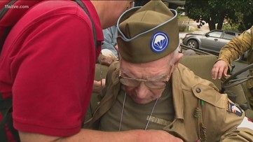 WWII paratrooper born on Fourth of July dies
