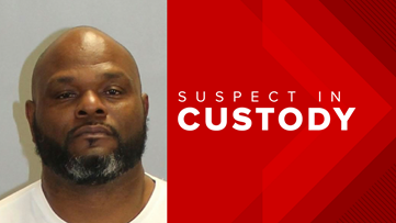 Ex-Clayton County deputy charged surrenders on theft-related charges