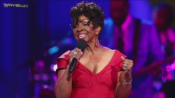 Gladys Knight criticized for singing national anthem at Super Bowl