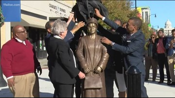 Rosa Parks statue unveiled in Montgomery, Alabama, social media weighs in