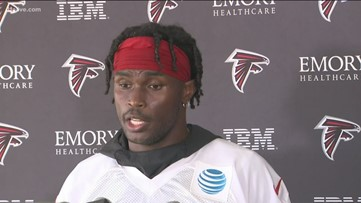 Final day of training camp for Falcons, Julio Jones yet to receive new contract