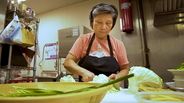 Eat on the run? Tap into this Taiwanese restaurant for home cooking to go