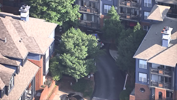 Man found shot at upscale Dunwoody apartment complex