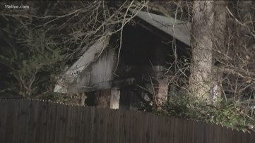 Mother killed, child injured in Powder Springs house fire
