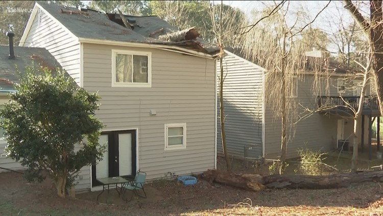 'It's about to cave in on my baby' | 1-year-old child rescued from a home that was crushed by fallen tree