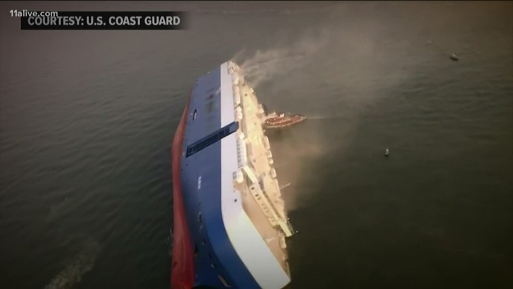 RUSH BLOCK | Cargo ship capsized, sanitation strike, up in flames