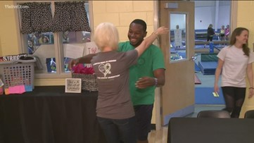 Youth gymnastics coach meets his kidney donor