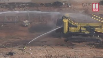 Fire causes crane collapse in Alpharetta